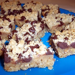 Passion Bars - oatmeal, peanut butter, and chocolate chips - what's ...