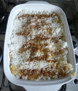 Rice with Apples and Cinnamon ~ You Need: >2-3 bags of rice >Apples &gt...