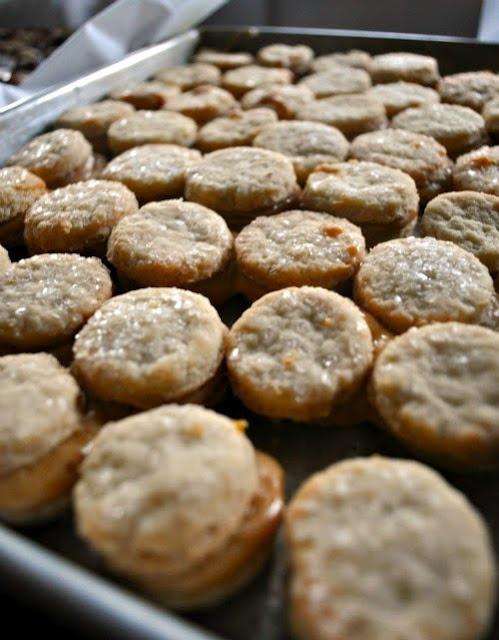 Alfajores (Dulce de Leche Cookies) | Food | Pinterest