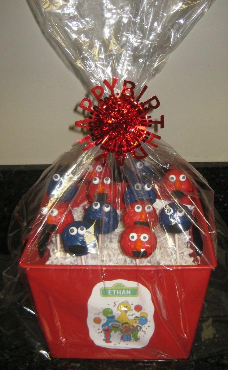 first birthday gift  CAKE POPS  Pinterest