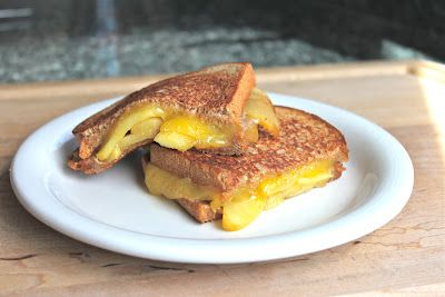 Caramelized apple grilled cheese | Recipes | Pinterest