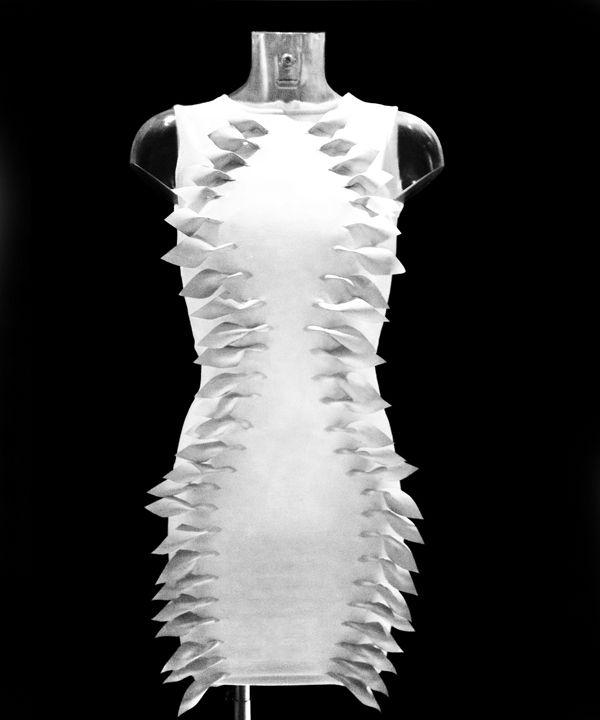 Flutter is a Dress that Doubles as a Hearing Aid   http://technabob.com/blog/2012/08/30/flutter-hearing-aid-dress/