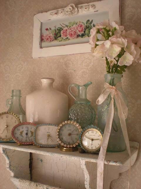 Vintage. Romantic   I love old clocks!