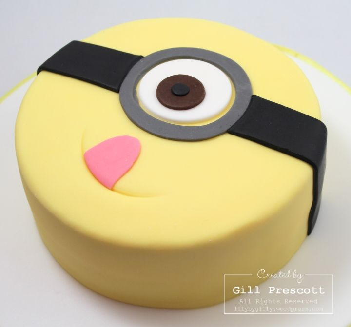 Minion birthday cake www.lilybygilly.wordpress.com