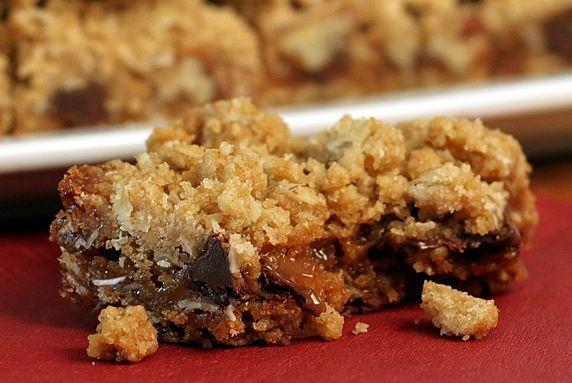 Whole Grain Oatmeal Carmelitas | Recipe