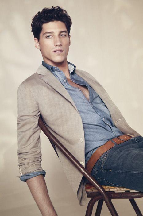 Truffol.com | Smart casual. #styleinspiration #moderngentleman #style #menswear #modern