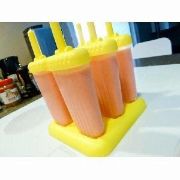 Bolis de rompope (Mexican Eggnog Popsicles)
