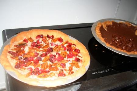 """Pecan """"Frangipane"""", Cranberry, Caramel tart @ thepielab"""