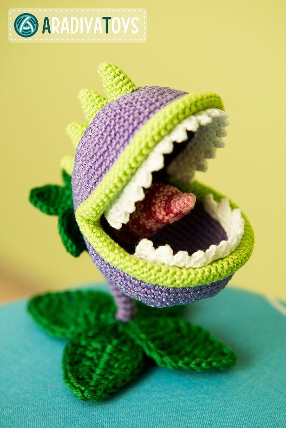 Crochet Zombie Patterns : Crochet Pattern of Chomper from Plants vs Zombies (Amigurumi tuto...
