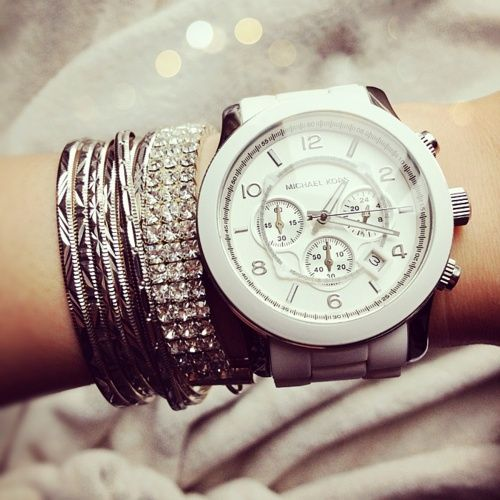 Love this oversized watch!!! women fossil nixon