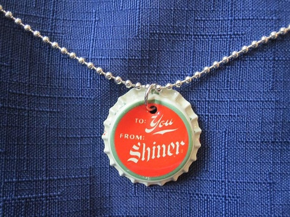 Beer cap necklace girl guide ideas pinterest for Beer cap jewelry