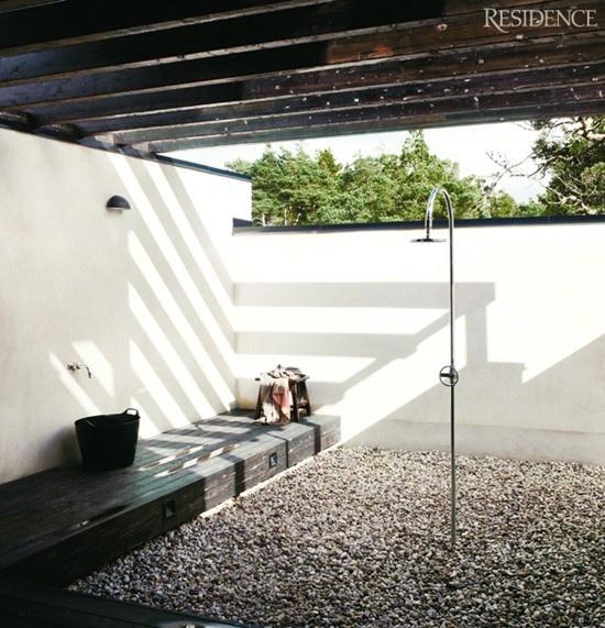 Witte Landelijke Badkamer ~ Badkamer Jacuzzi  Buiten badkamer inspiratie jacuzzi bad douche tuin