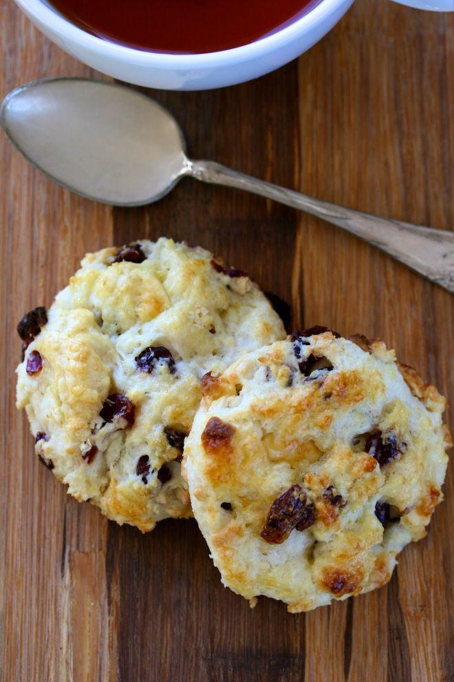 white chocolate cherry scones | yummies | Pinterest
