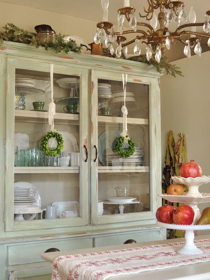 Kitchen hutch decor holiday decorating pinterest for Hutch decor