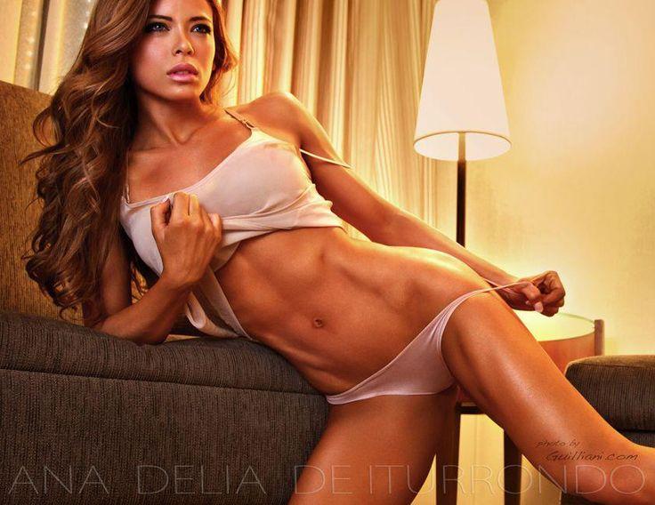 iturrondo fitness model Ana delia