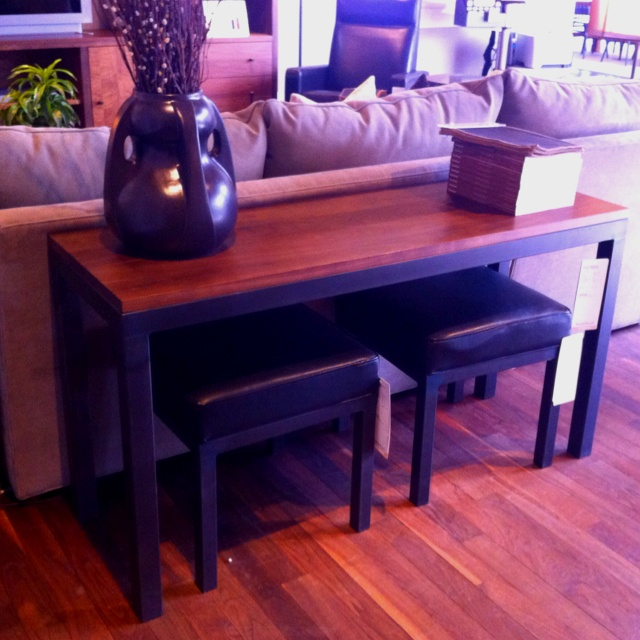 Console table behind a sectional must do this in my living room