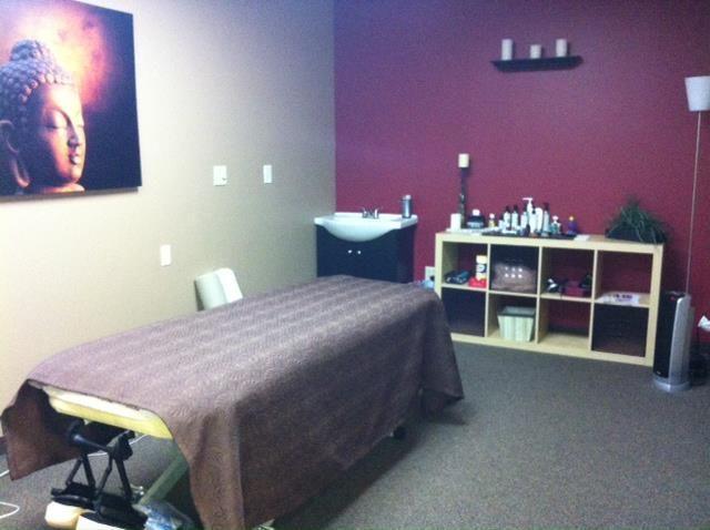 happy ending massage finder Hartford, Connecticut