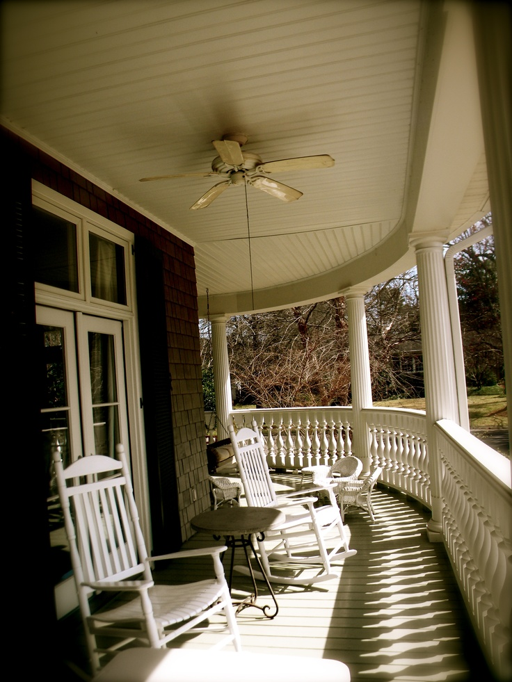 Southern front porch let 39 s rock pinterest for Southern front porches