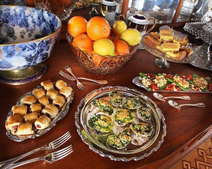 For a great Great Gatsby party  try this menuGreat Gatsby Party Food Ideas