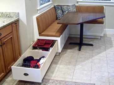 Traditional kitchen corner table and built in bench