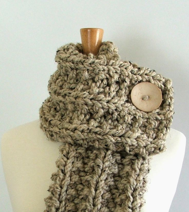 Snowman Knitting Patterns : PDF Pattern - Chunky Knit Ribbed Cowl Scarf with Button Pattern