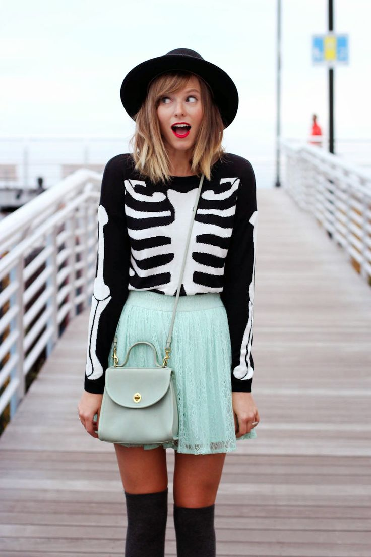 romwe skeleton sweater, mint lace skirt, pointed forever 21 loafers, long beach ny boardwalk, nyc vintage fashion blogger, new york vintage blog