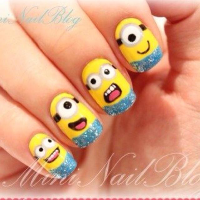 """Hilariously cute """"Minion"""" nails."""