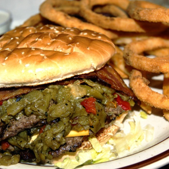 Green Chili Burger @ frontier restaurant | Green Chile Cheeseburgers ...