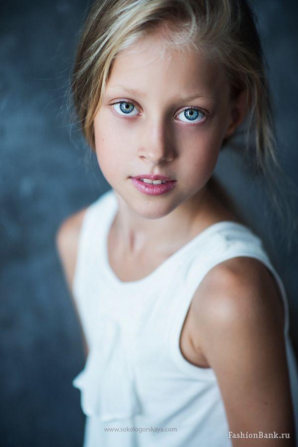 Алиса Чарушина | FASHION KIDS / Child models | Pinterest: pinterest.com/pin/521854675545361886