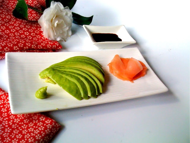 Avocado Sashimi, a raw and super healthy starter!