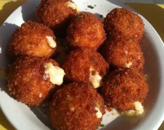 fried mac amp cheese balls recipe recipe http www bestyummyrecipes com ...