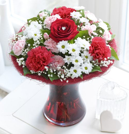 interflora valentine's day roses
