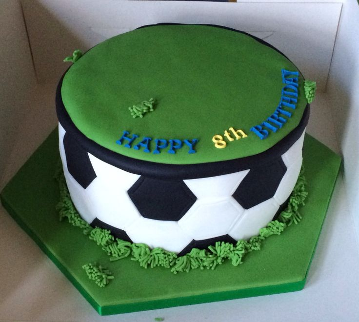 Cake Designs Of Football : Pin by Lindsey Brearley on Cakes I ve made. Pinterest