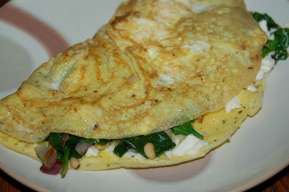 Spinach-Feta Omelet with Pine Nuts | Food Love | Pinterest