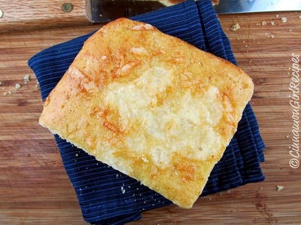 Yeasted Cheddar Cornbread Focaccia Rolls | Recipe