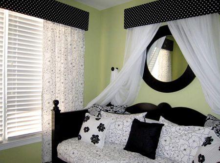 Black white green bedroom girls 39 room ideas pinterest - Green black white bedroom ...