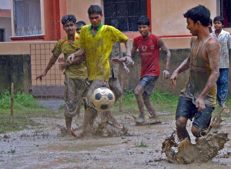 Futebol na rua