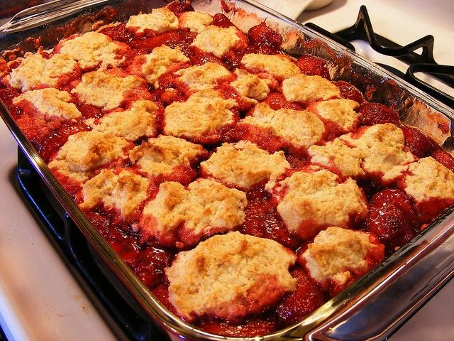 Strawberry Cobbler. Recipe: http://freebiegate.com/cake-or-spaghetti ...