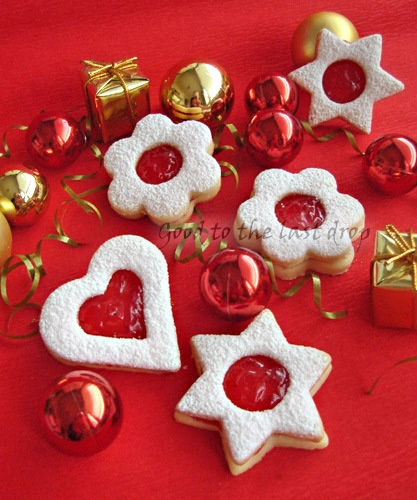 Linzer cookie with cherry jam | All Things Merry and Bright | Pintere ...