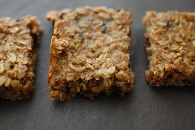 Banana Oat Bar from Eating from the ground up -eatingfromthegroundup ...