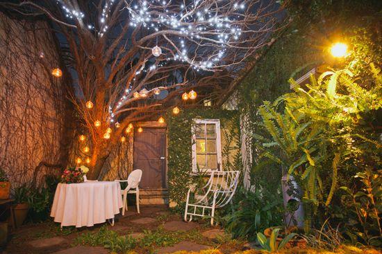 Romantic Backyard Ideas : Brooke and John?s Romantic Backyard Wedding