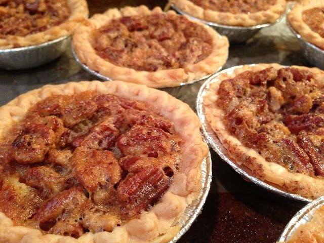 ... Approaching ... time for Fall baking! Pecan Pie Tart | Foodieforone