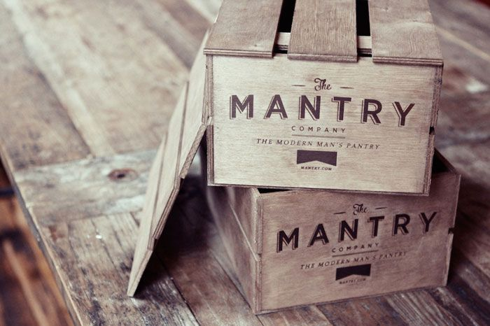 {Last Minute Father's Day Gifts} - we love these monthly crates filled with high-class goodies from The Mantry! #fathersday #giftidea