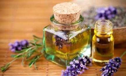 9 Essential Oils with Huge Health Benefits