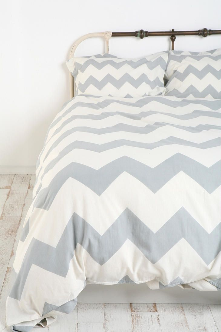 grey and white chevron bedding soo cool