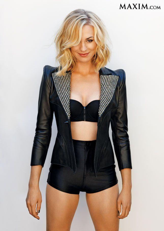 Yvonne Strahovski in black lingerie and a black leather jacketYvonne Strahovski Leather
