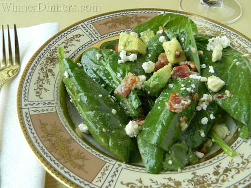 Yummy Spinach salad with bacon feta, and avocdo!