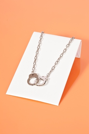 Handcuff Necklace - not sure why, but I like this