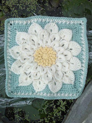Free Crochet Pattern Crocodile Flower : Crocodile flower square. Crochet Pinterest