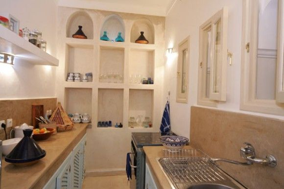 Moroccan style kitchen kitchen dining pinterest for Moroccan kitchen ideas